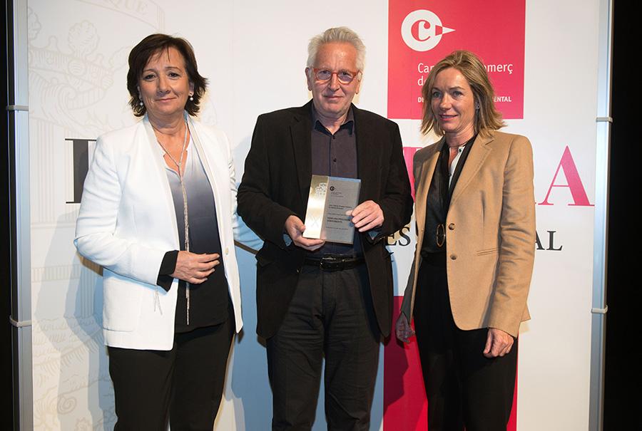 Awarding-of-the-prize-photo
